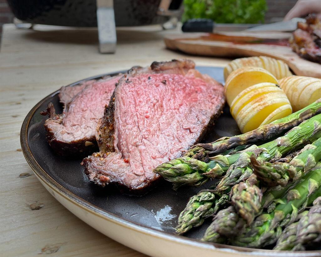 picanha and asparagus